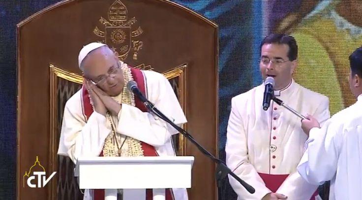 Ante miles de familias reunidas en el Mall of Asia Arena de Manila (Filipinas), el Papa Francisco animó a los católicos a no dejarse llevar por los ajetreos de la vida laboral y descansar en la oración para conocer la voluntad de Dios.