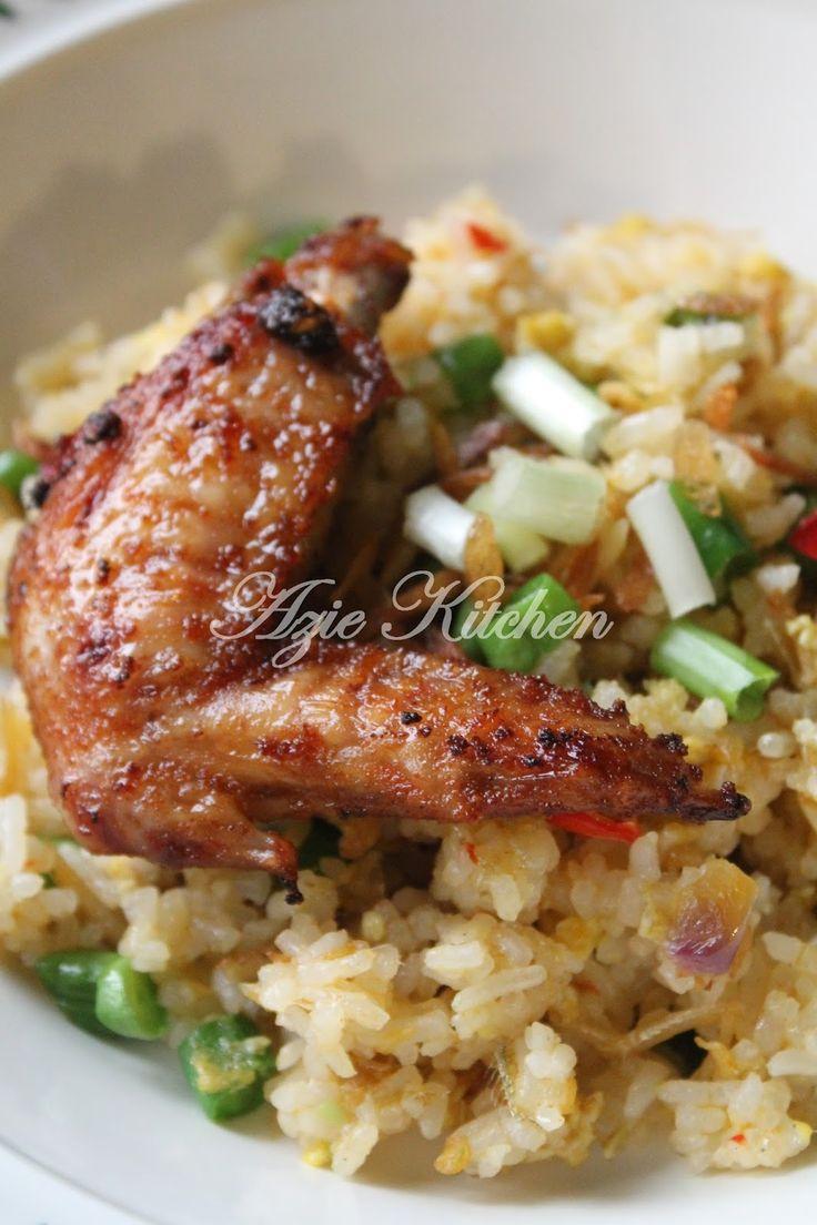 Azie Kitchen: Nasi Goreng Ikan Bilis Yang Sedap