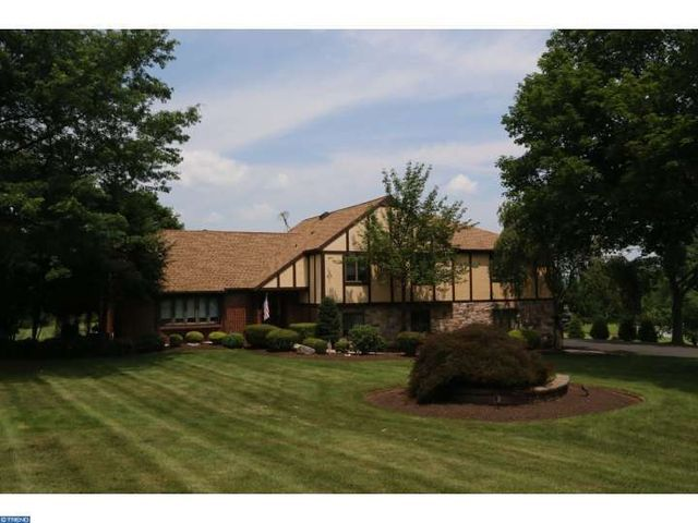 1995 Peppermint Rd, Coopersburg, PA 18036