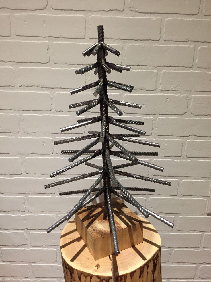 Rebar Christmas tree By Yanick Bluteau