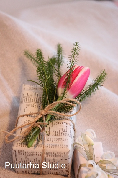 Kukilla koristeltuja paketteja @ Asuntomessut ja blogit