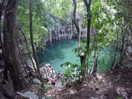 Cenote Yokdozonot, Mexico
