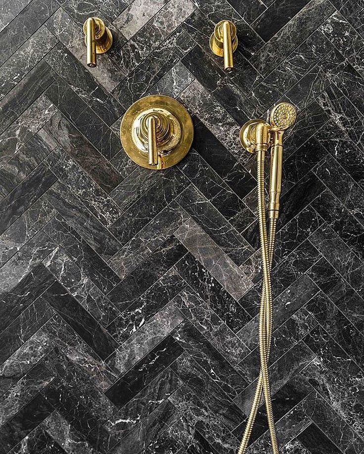 It S Like This Tile Was Always Meant To Harmonize So Richly With That Hardware Waterworks Bathroomshower Fixturesvictorian
