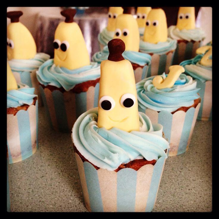 Bananas in pyjamas cupcakes made by stefalie