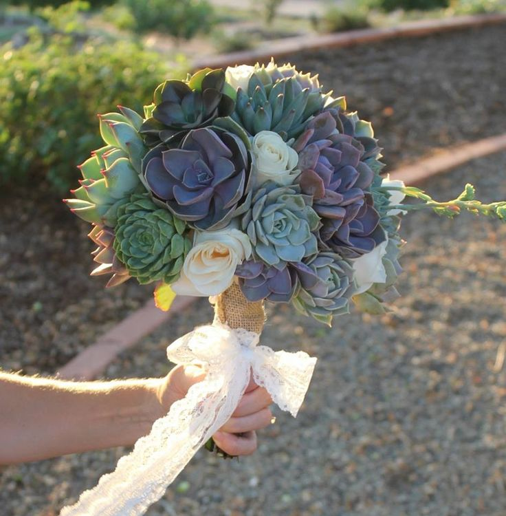 wedding bouquets with succulents cuttings wedding rosette succulents suculentas ramos 8545