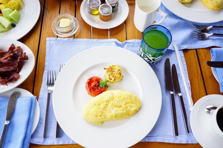 https://flic.kr/p/BKgcn6   breakfast on the table