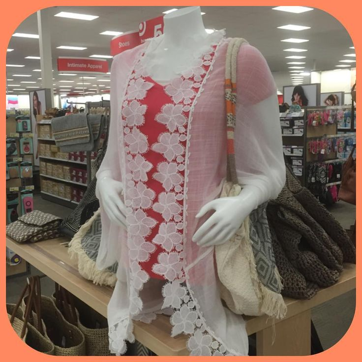Floral Accent Cocoon tops!! Only at #target !! Adds some flare to any tee or tank! #mannequin #vmtl #accessorize #accessories #purse #cocoon #bag #rtw #MSC #Merona #Mossimo #tshirt #tanktop #targetstyle @target @targetstyle #styleideas #outfits #outfitideas