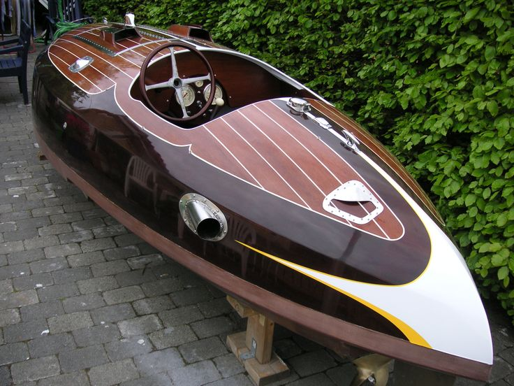 Designed by Bruce N. Crandall approx. 1936. Flyer is the largest of the Crandall hydroplanes, Class C 135 Cu.