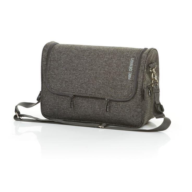 Praktisch und schick: Wickeltasche Classic von ABC Design   Practical and attractive: changing bag from ABC Design