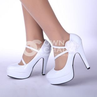 Google Image Result for http://es.owncharm.com/Zapatos-de-Novia-Zapatos-de-tacones-altos-zapatos-blancos-de-la-boda-bmz_cache-2-2da874571fe033af738206e97b09246e.image.310x310.png