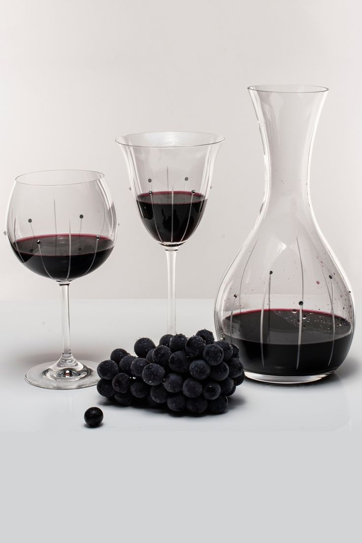 Crystal Wine glasses with hand cut design and crystal stones!  www.GlassWithCrystals.com