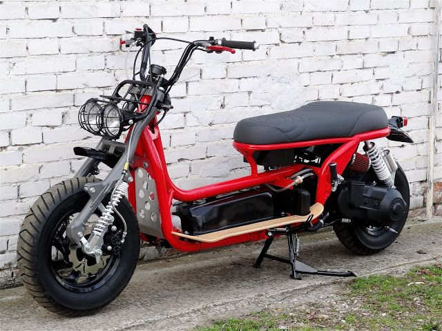B.R.MoTo Art: HONDA CN 250 WAVE RED LINE BR054 | custom scooter with leading link front suspension