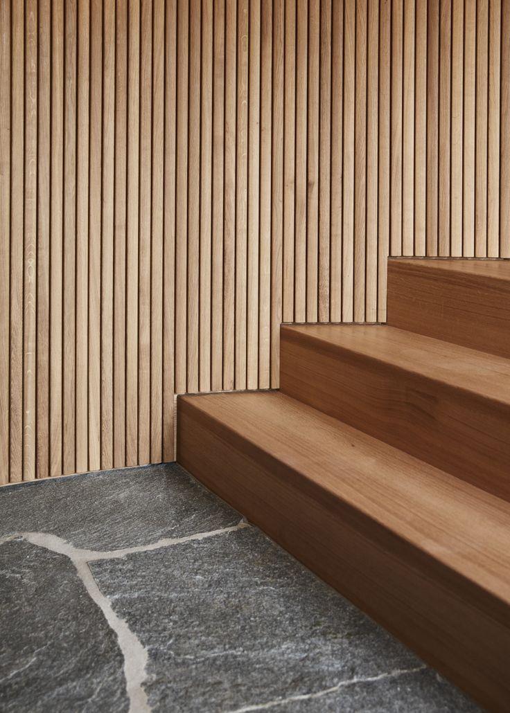 Holz Treppe außen - Architektur Detail Designhaus Haussicht von Baufritz - HausbauDirekt.de