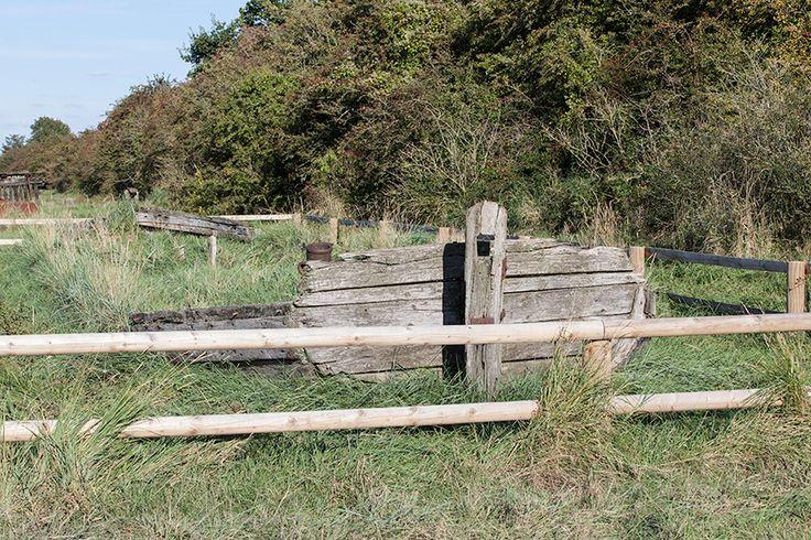 33  Low fencing