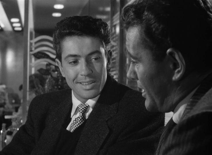 Strangers on a Train (1951) , Alfred Hitchcock, Robert Walker, Farley Granger