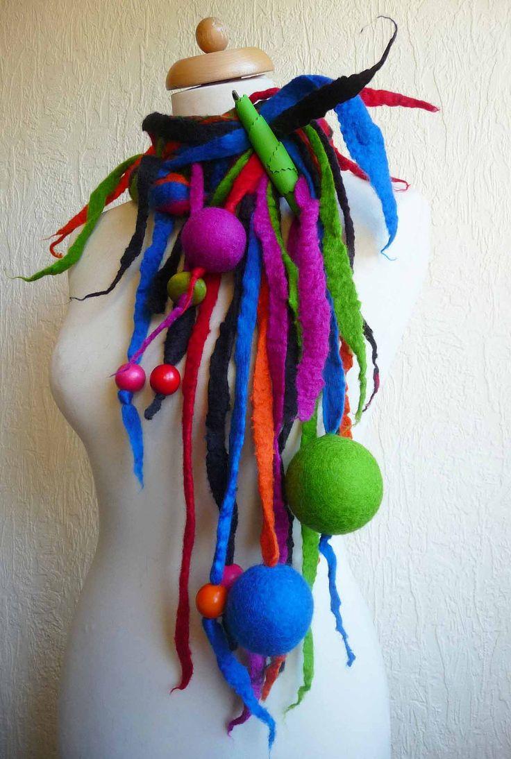 Oltre 25 fantastiche idee su collane fatte a mano su for Idee creative uncinetto