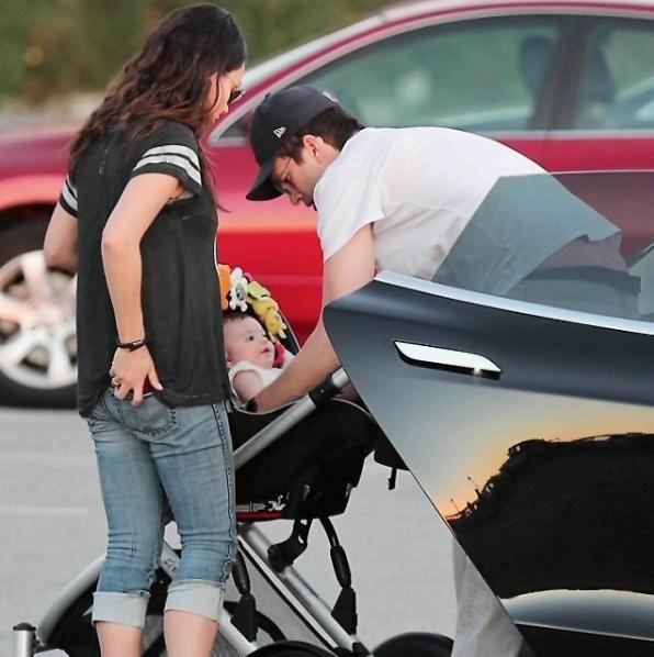 Mila Kunis ha partorito il secondo figlio, Ashton Kutcher di nuovo papà