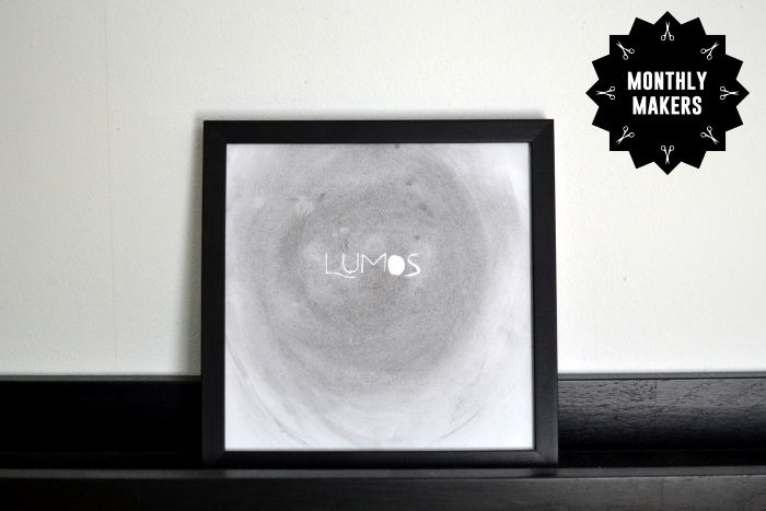Illustration med kol av uppbränd tändsticka av Jess Karlsson