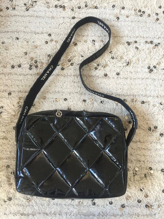 b91ef704e944 Gorg Classic Vintage Chanel CC Logo Quilted Black Patent Leather Shoulder  bag LOOOOVE this GEM!