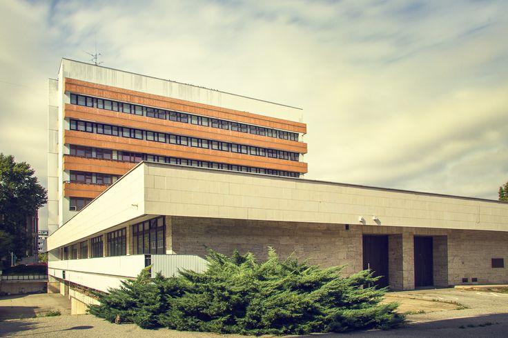 Office building, Bratislava, Slovakia www.photoplus.sk
