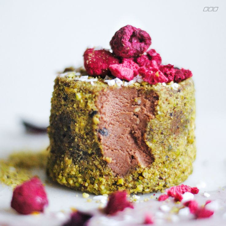 Rose, Raspberry & Pistachio Semi Fredo [Pana Chocolate]
