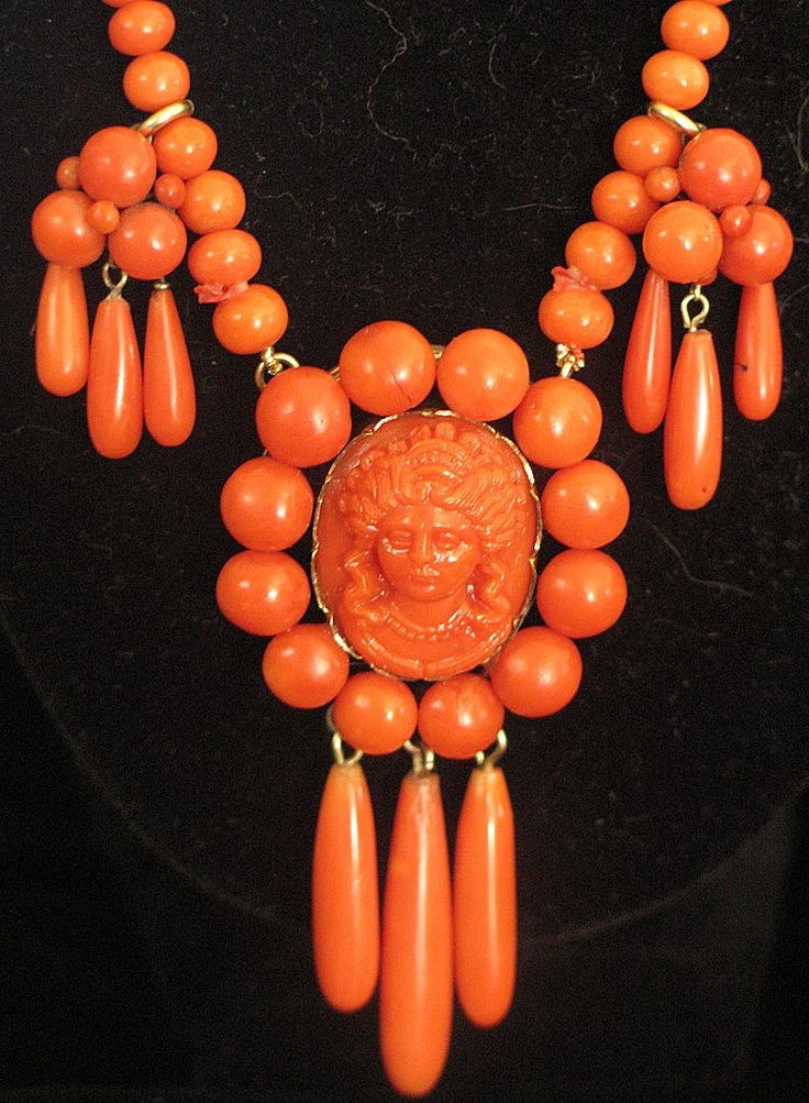 Victorian coral cameo festoon necklace with drops