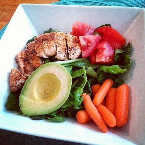 Grilled chicken salads with avocado