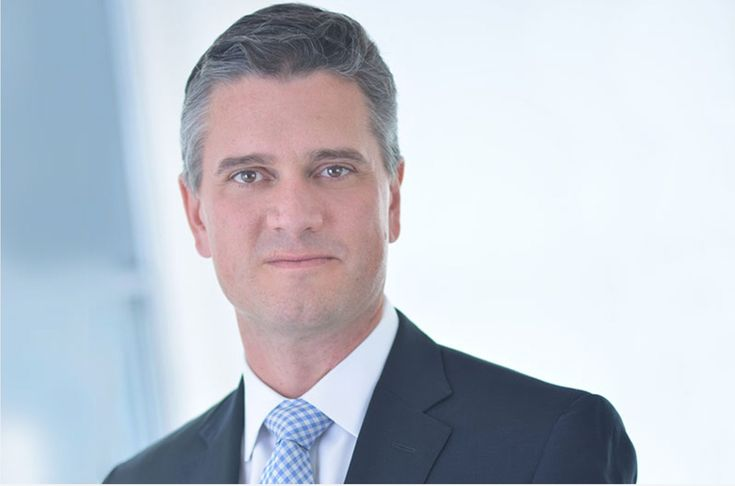 Business of Loyalty: United Airlines Appoints a New Head of Loyalty  Luc Bondar is United's incoming VP of loyalty. LinkedIn  Skift Take: United Airlines has a new head of loyalty starting this week at the same time that major changes are happening within the program.   Grant Martin  United Airlines has a new boss coming for Mileage Plus its loyalty program. Luc Bondar officially takes the reins from Praveen Sharma the currentvice president of loyalty merchandising and digital channels at…