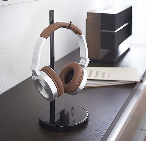 Beauties headphone storage stand