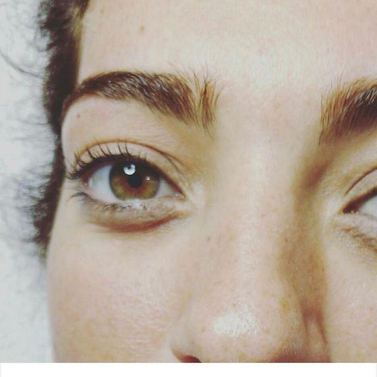Perfilado de cejas  permanente de pestañas. Consultas x inbox. #pestañas#permanente #look #cambiaesascejas #cambiatumirada