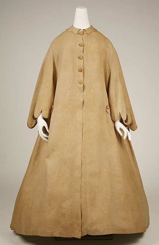 Front view of Linen Cape 1860-65.1860S Sleeve
