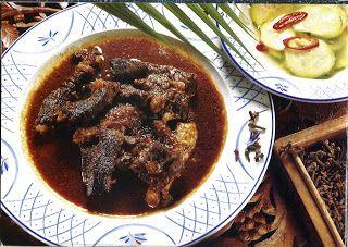 Favoriete recepten uit de keuken van 'oma' Lidy: Rundvlees zoals in Surabaya/Lapis Soerabaja