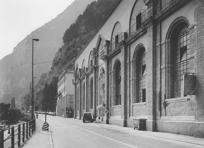"""Gabriele Basilico - Riva del Garda, 2003 - Mart, Provincia Autonoma di Trento - """"La Magnifica Ossessione"""" www.mart.tn.it/magnificaossessione"""