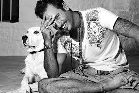 C'è un cane nel cuore di Raz Degan: all'Isola dei Famosi l'ex modello ricorda il suo Max :http://www.qualazampa.news/2017/03/22/ce-un-cane-nel-cuore-di-raz-degan-allisola-dei-famosi-lex-modello-ricorda-il-suo-max/