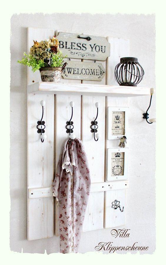 die besten 25 garderobe shabby chic ideen auf pinterest bemalter vorratsschrank ikea flur. Black Bedroom Furniture Sets. Home Design Ideas