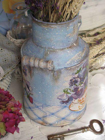 Купить или заказать ' Viola...' Бидон. в интернет-магазине на Ярмарке Мастеров. Бидон с стиле Прованс. Бидон можно использовать как вазу для живых цветов, сухоцветов. Прекрасное украшение для кухни, дома, дачи или с…