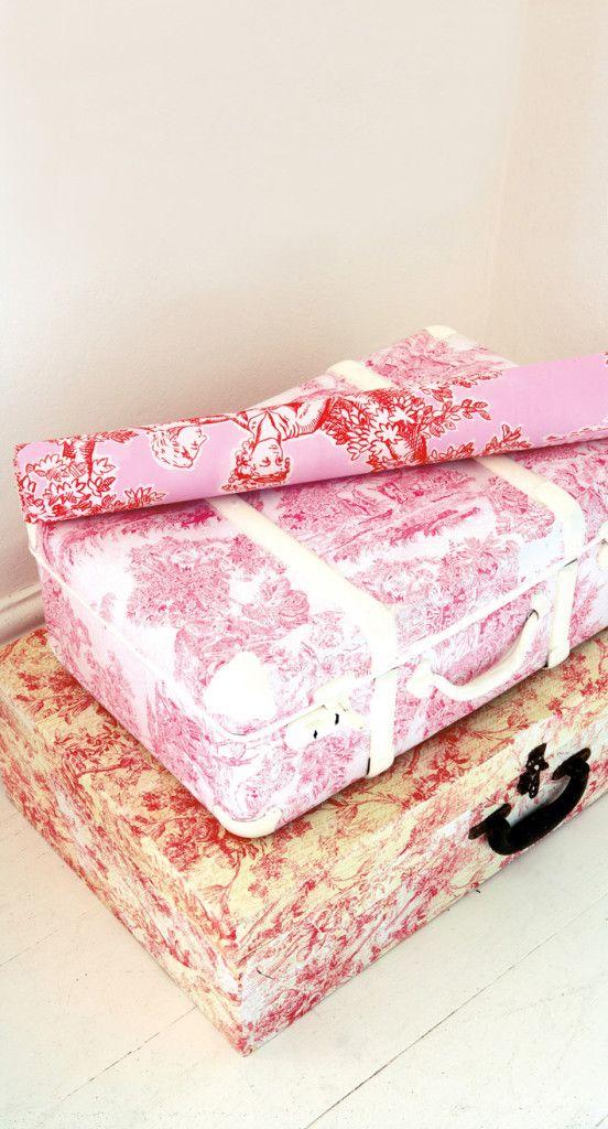 Περιοδικό Έτσι Απλά   Ταξίδι στον χρόνο - recycling old suitcases