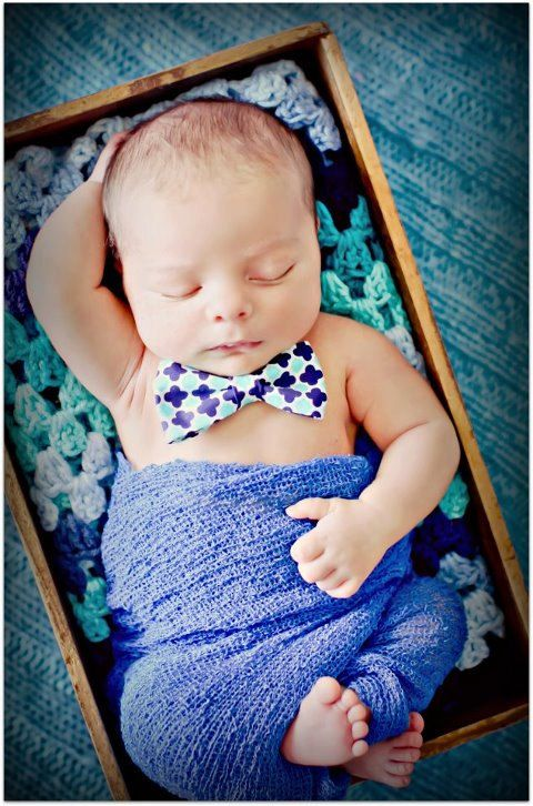 """Newborn Baby Boy Photo ( if I ever get preggers again and it's a boy I""""m doing…"""