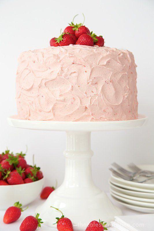 Strawberry Layer Cake via @cafesucrefarine