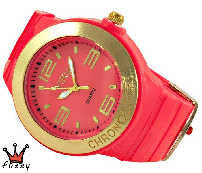 Γυναικείο νεανικό σπορ ρολόι, με κάσα σε κοραλί και χρυσό χρώμα και μεγάλα νούμερα στο εσωτερικό του.  Πλαστικό λουράκι σε κοραλί χρώμα. Διάμετρος καντράν 40 mm