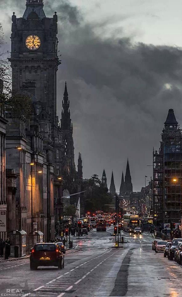 Places That Are Even Better During The Winter Winter twilight.. Edinburgh, Scotland