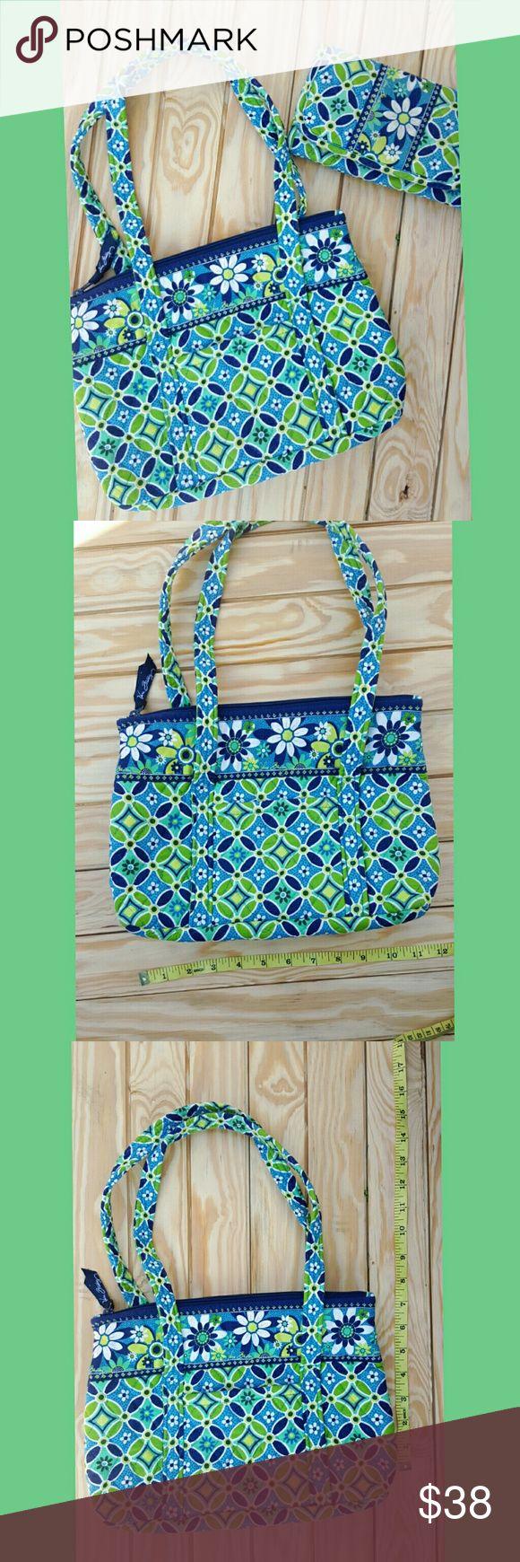 WEEKEND SALE Vera Bradley Purse and Wallet Vera Bradley Purse and Wallet Vera Bradley Bags Shoulder Bags