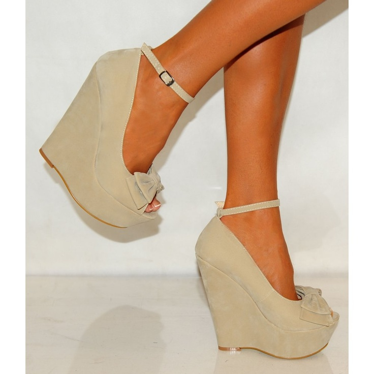I want these in black!!!