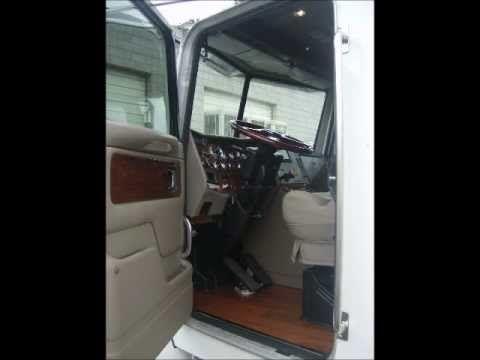 Custom Peterbilt 330 Interior