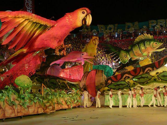 Festival de Parintins - Boi Garantido x Boi Caprichoso