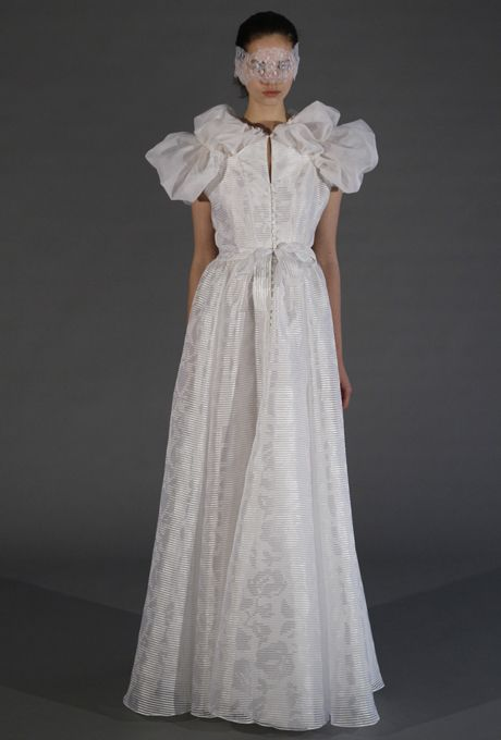 Douglas Hannant wedding gown, see the rest of the collection: http://brid.es/HIBTiP