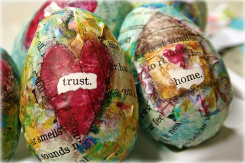 Decoupage Plastic Eggs: Heart, Media Eggs, Mixedmedia, Craft Ideas Mixed, Arty Eggs, Easter Eggs For, Artsy Easter, Easter Ideas