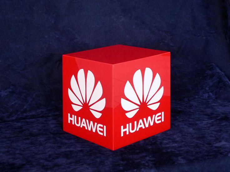cubo plexiglass stampato
