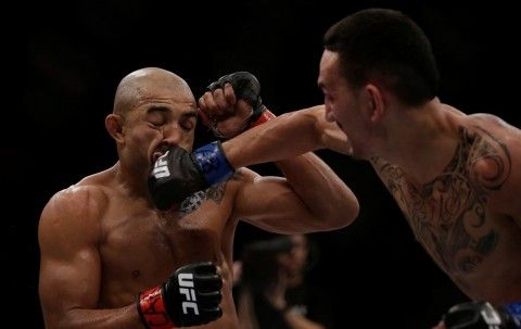 UFC 212 result : Max Holloway defeats Jose Aldo for UFC Featherweight title