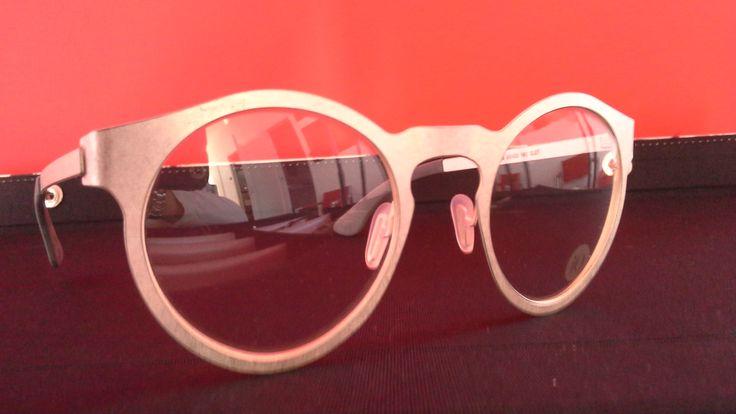 Nuovo occhiale vista con effetto metallo anticato #treviso #veneto #eyewear #idea #news